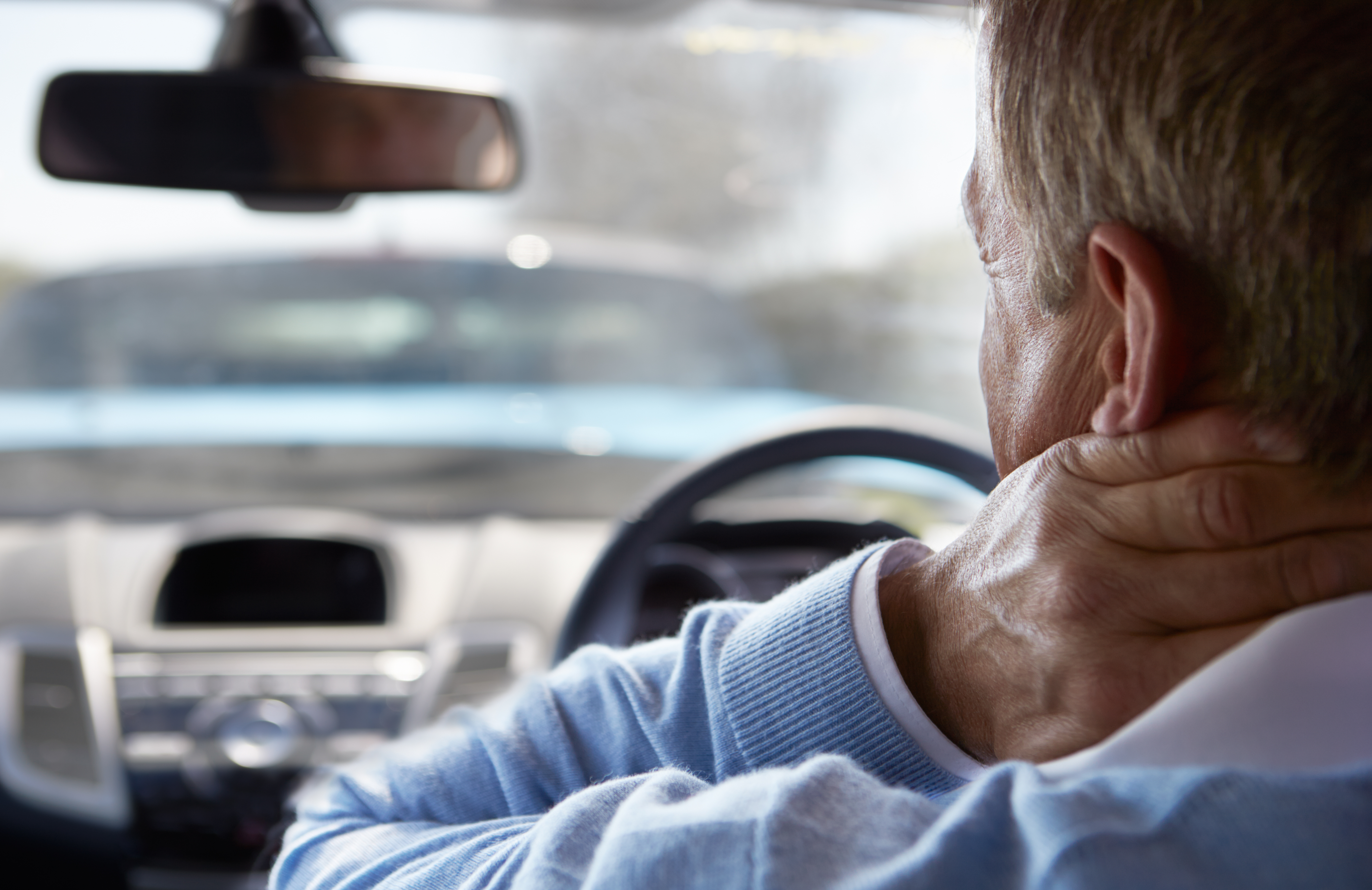 man with whiplash after auto injury